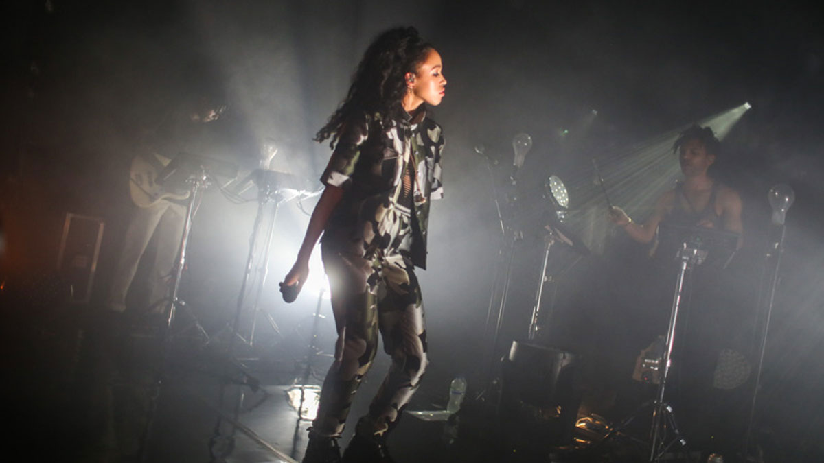 FKA Twiggs performing an intimate gig at Brighton Dome Corn Exchange